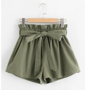 Vintage High Waste Clothe Shorts